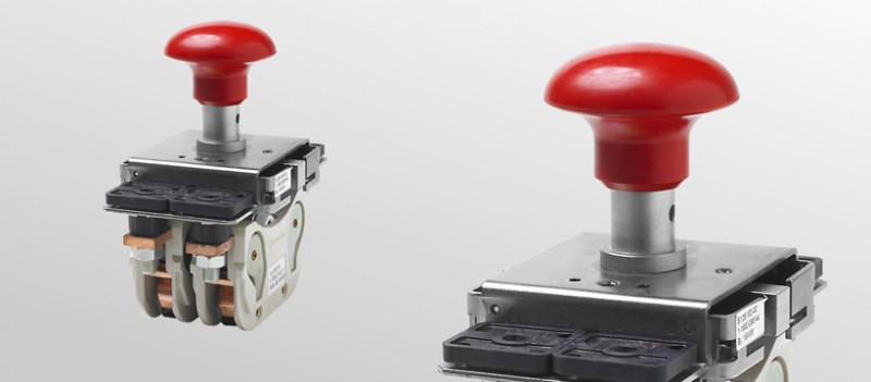 Emergency disconnect switch for industrial trucks - Single and double pole emergency disconnect switches with snap mechanism