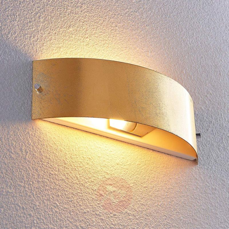 Matt gold LED wall lamp Inga, Easydim - indoor-lighting