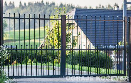 Double gates -