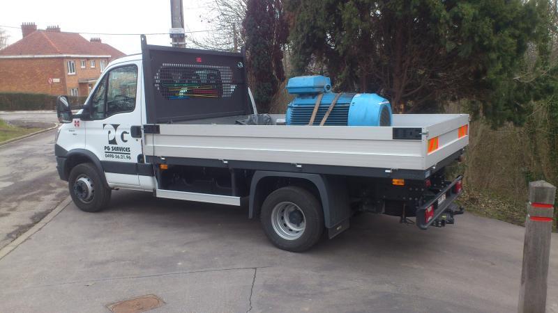 Transport par nos soins - Camion 7T - Maintenance électro-mécanique en atelier