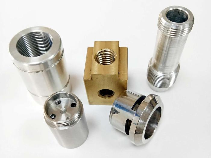 Parti di macchine personalizzate - Tornitura e fresatura CNC di qualità in fabbrica di parti di macchine in Cina