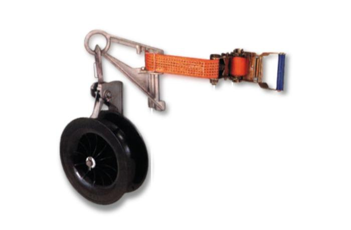 Ausziehrolle für isolierte Leiter & Leiterbünde, - Isolierten Leitungen; blanken Seilen; Transport in der Höhe; Werkzeug