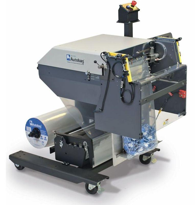 Automated packaging machine for large bags -