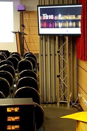 Fourniture d'équipements audiovisuels divers