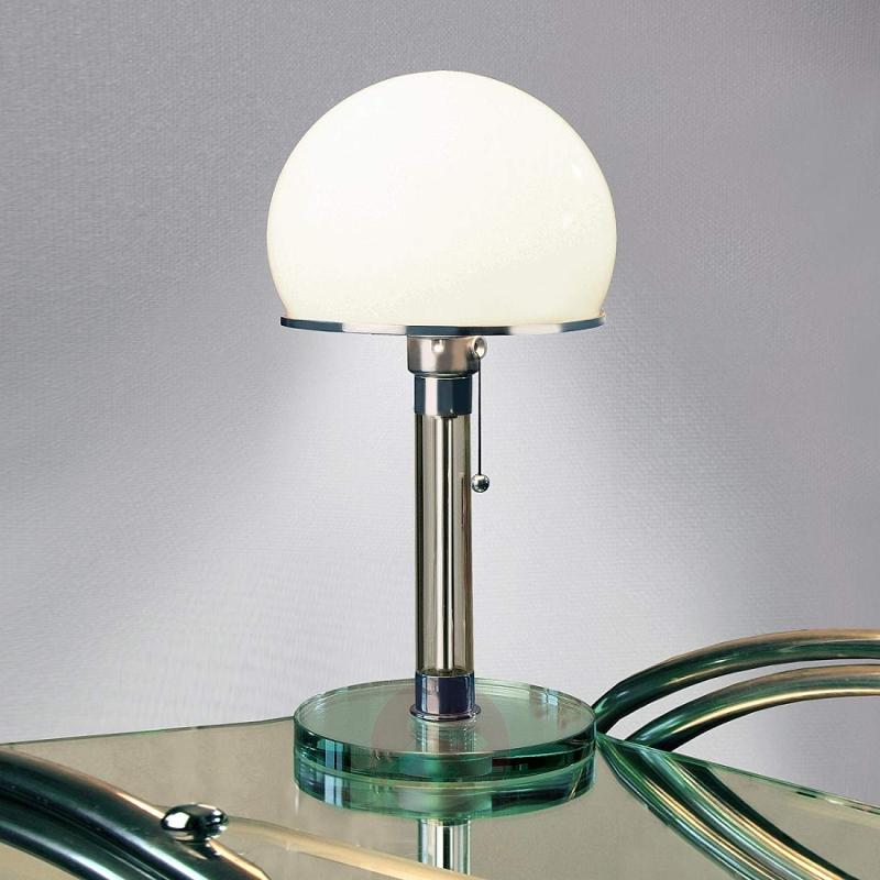 Glass-crafted Wagenfeld table lamp - design-hotel-lighting