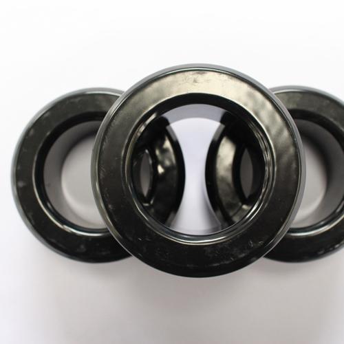 Núcleos magnéticos suaves HJS521026 del polvo de la venta ca - Negro, OD * ID * HT (134,2 * 77,0 * 26,8)