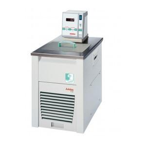 FN32-MA Refrigerated - Heating Circulators - Climate-friendly refrigerated circulation thermostat with natural refrigerant