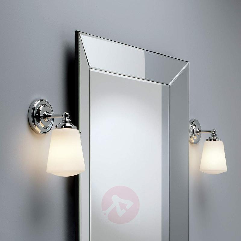 Anton Wall Light Classic - Wall Lights