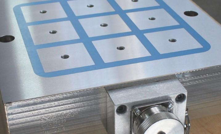 PLATOS MAGNÉTICOS ELECTROPERMANENTES QUADRI-POL  - Para fresadoras y centros de mecanizado