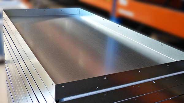 Bending steel - bending up to 5000 mm and pressure of 225 tons
