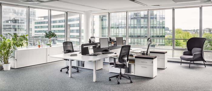Büroarbeitsplätze - null