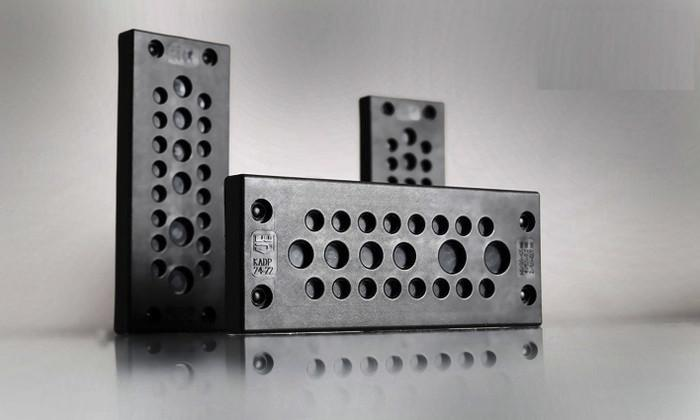 Cable Entry Plate KADP - for up to 24 cables, time- and space-saving design