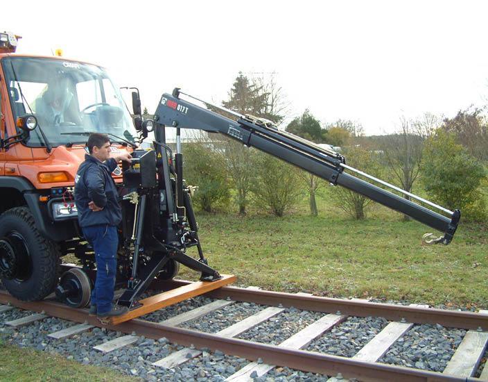 Véhicule Rail-Route - UNIMOG pour assistance