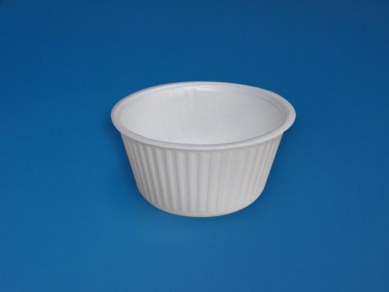 Soup cups, soup bowls, soup terrines - null