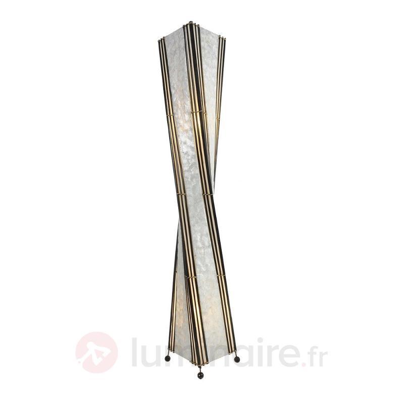 Lampadaire vrillé Komang, 150 cm - Lampadaires en bois