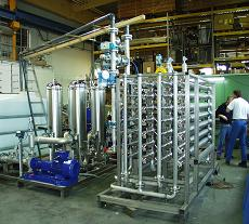 Dye and product desalination