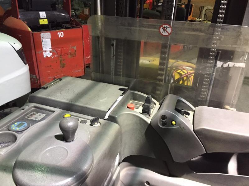 Gerbeur porté debout Nissan AJN160 - Matériels d'occasion