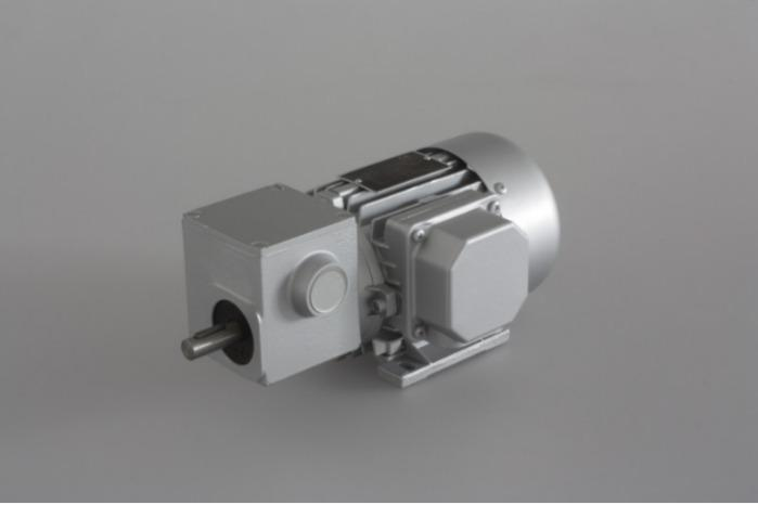SN4B - Two-stage gear drive with solid shaft