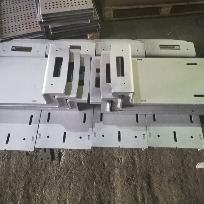 Staffe - Per le costruzioni traslucide