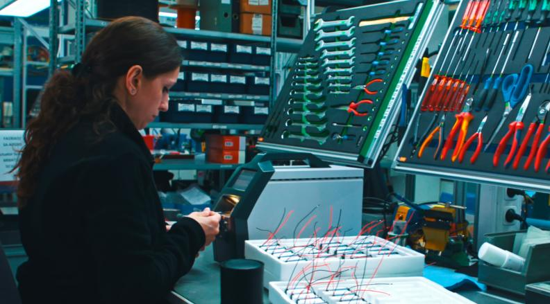 Montage Elektronische Baugruppen - Anspruchsvolle Feinmechanik & komplexe Elektronik-Baugruppen!