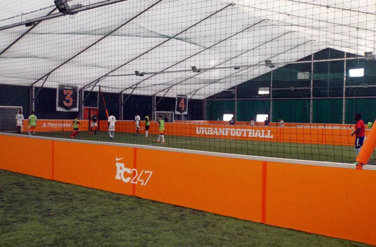 Terrains de Football - Système de construction - Bâtiments sportifs et Espaces Loisirs