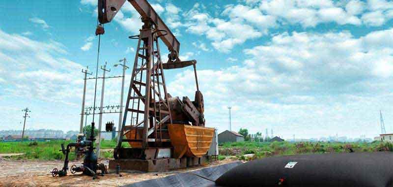 Réservoirs souples pour hydrocarbure -