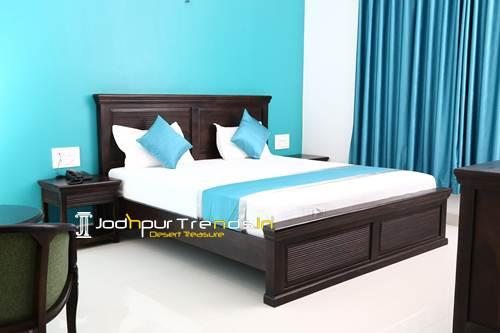 Hotel Furniture Solid Wood Contemporary Bedroom Design