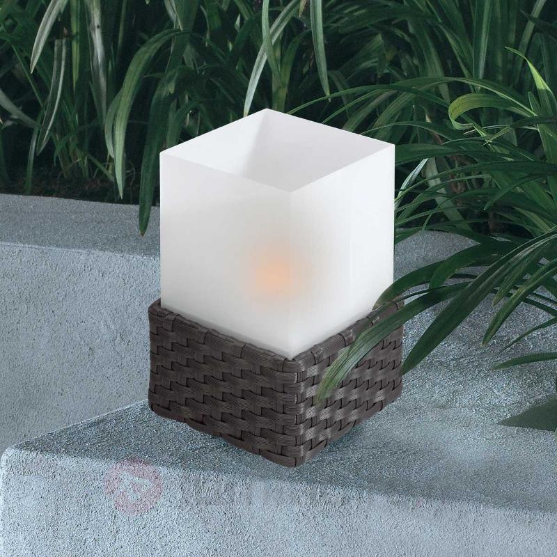 Lampe à poser cubique solaire RATTAN - Toutes les lampes solaires
