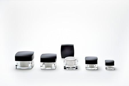 Pots Plastique Carrés - pour cosmétique et parapharmacie