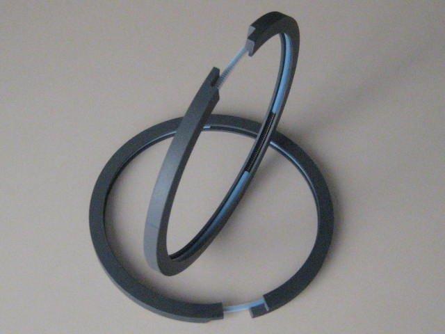 Produzione di fasce elastiche in PTFE a Milano - null