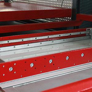Термоформование пластиковых плит - оборудование вакуумной формовки