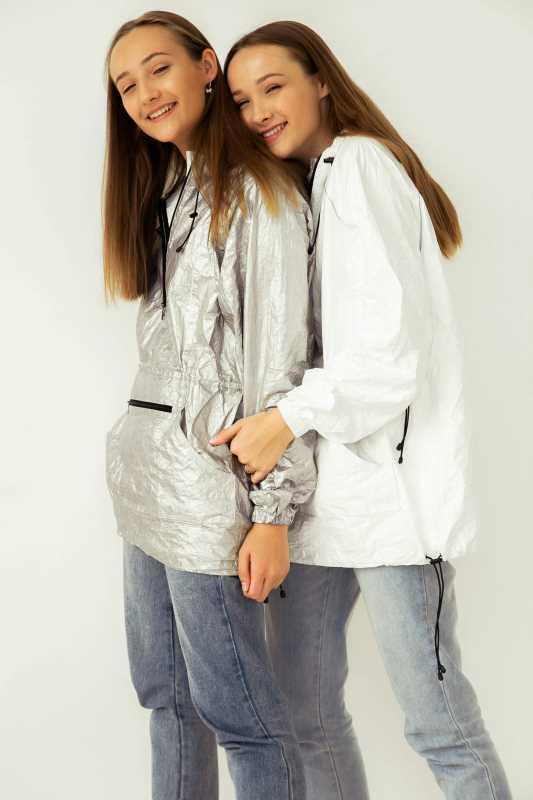 """Jacket Tyvek - Lightweight, """"breathable"""", wear-resistant jackets reliably protect from wind and"""