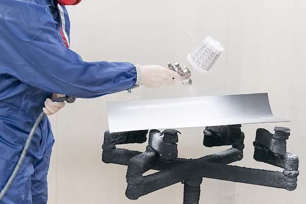 Plastic coating - varnishing - Surfaces