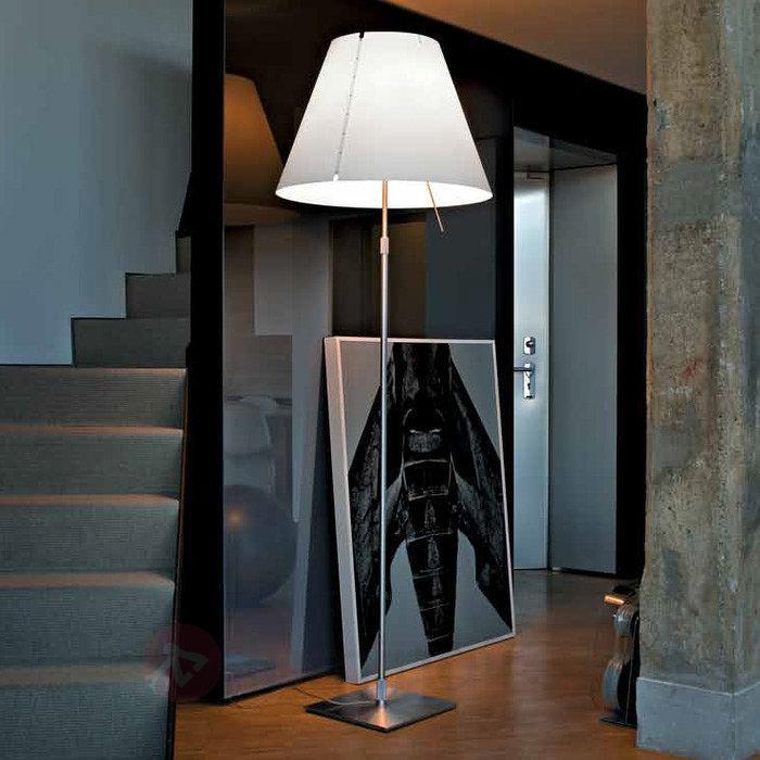 Grand lampadaire Grande Costanza - Lampadaires design