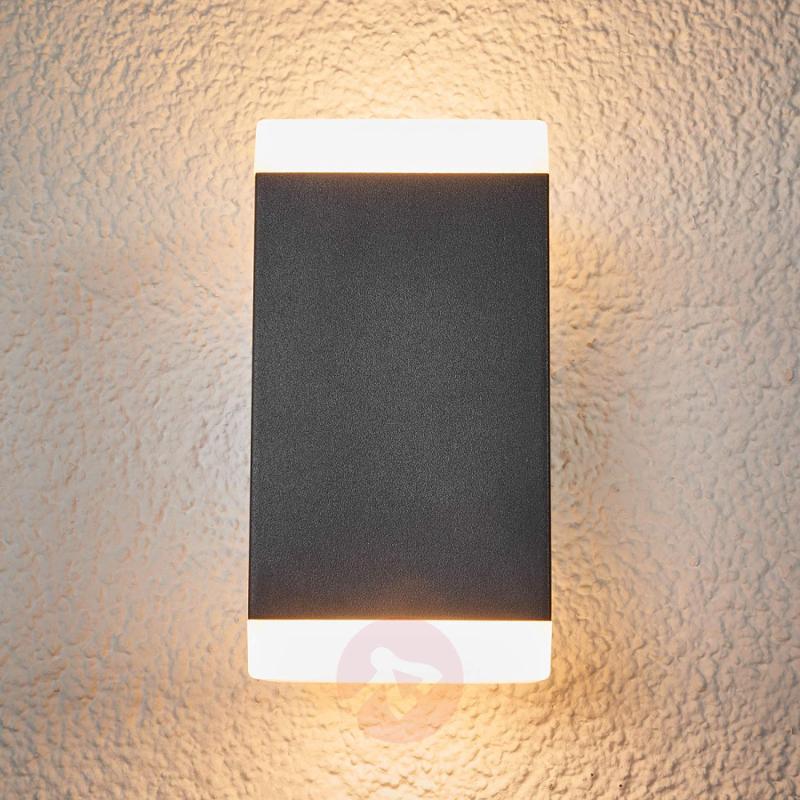 Hedda - angular LED outdoor wall light - outdoor-led-lights