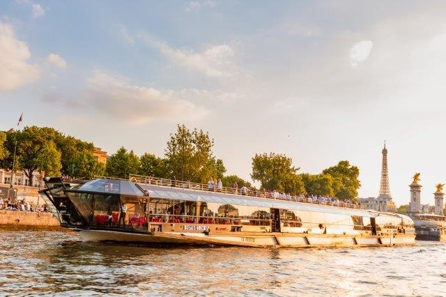 Lunch Cruise - Lunch Cruise on the Seine river