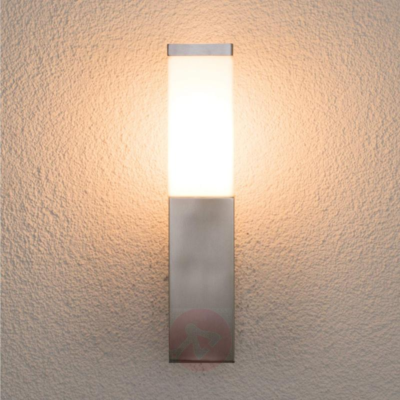 Angular outdoor wall light Lorian, stainless steel - stainless-steel-outdoor-wall-lights