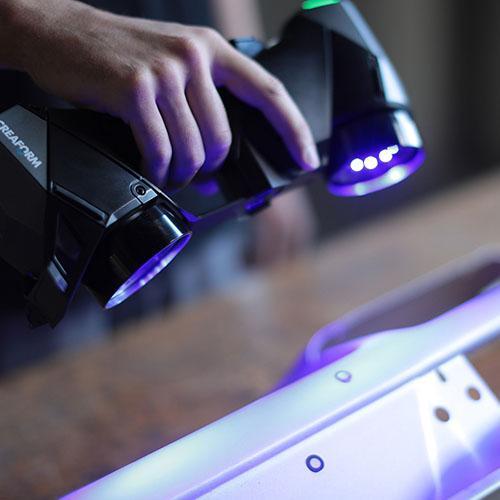 Escáner 3D portátil: HandySCAN 3D - Escáneres de grado de metrología