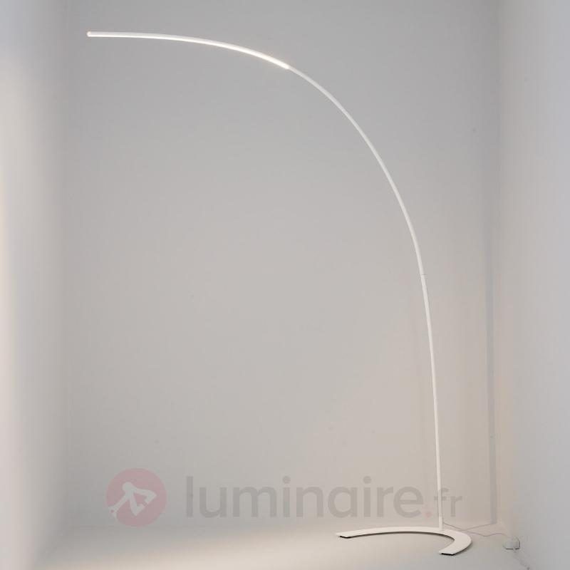 Lampadaire LED minimaliste Danua en blanc - Lampadaires LED