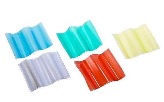 PVC bølgeplader - Der er 5 populære farver til valg: halvgennemsigtige, grøn, rød, blå, gul.