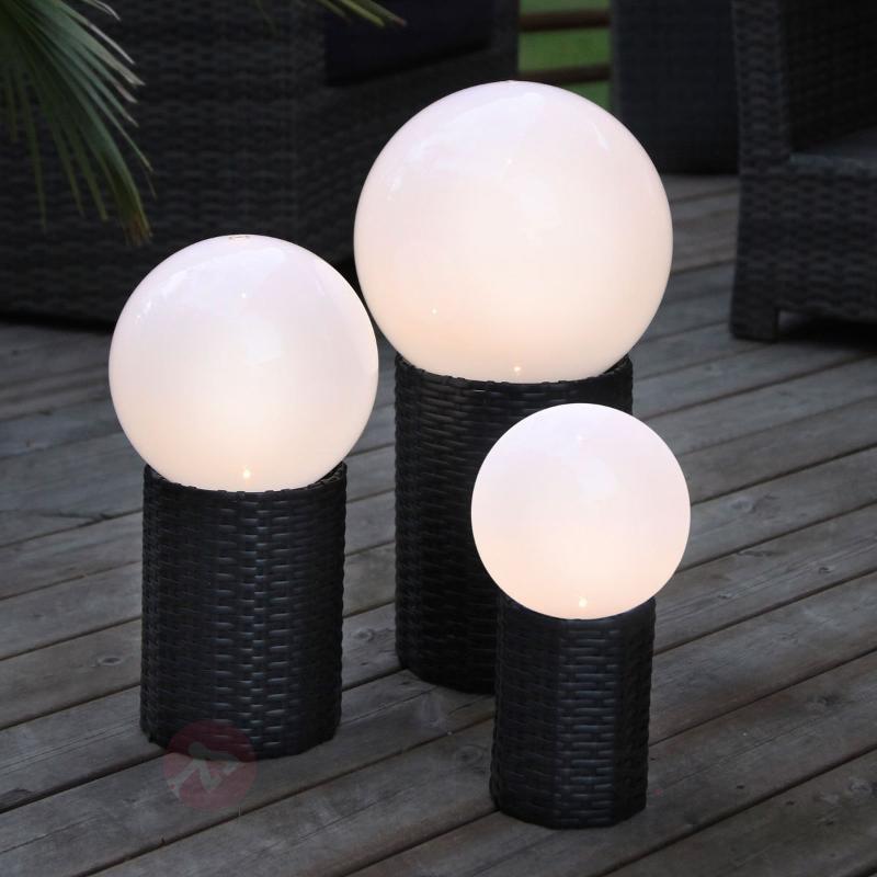 Boule LED solaire Lug avec socle - Lampes solaires décoratives