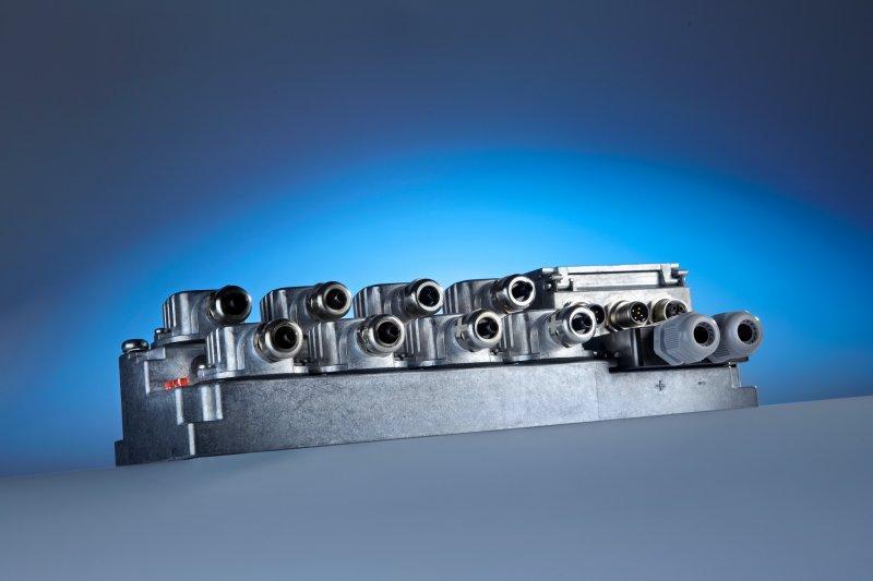 Entraînement de positionnement HIPERDRIVE HDA 70 - Système de positionnement pour réglage du format dans des machines