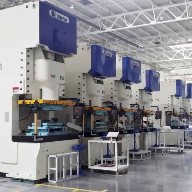 C-frame presses_CS/ECS series - C-frame presses / 350-3,000 kN / Blanking and stamping of small parts