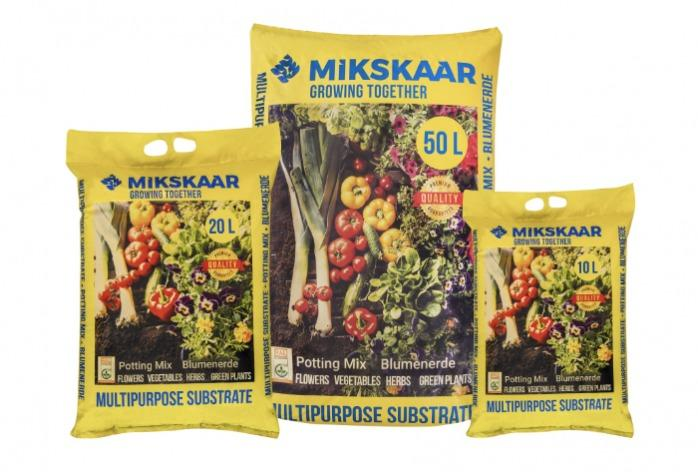 Universal Potting Mix - For all plants. Professional quality for home use.