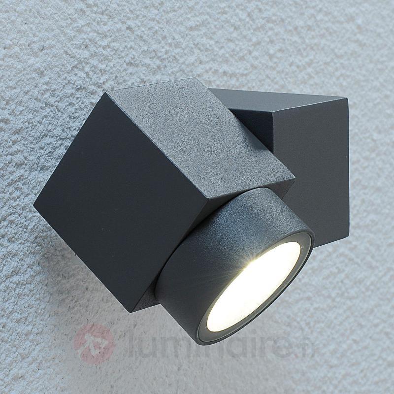 Spot d'extérieur mobile Lorelle à LED - Projecteurs d'extérieur LED
