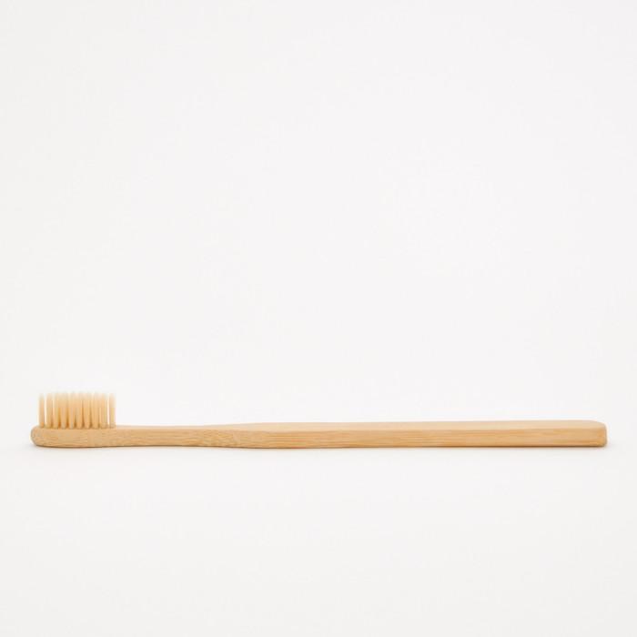 Bamboo hotel toothbrush -