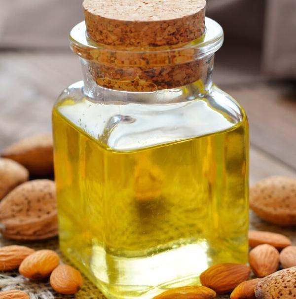 Масло сладкого миндаля - Миндальное масло холодного отжима