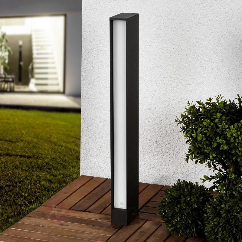 Borne lumineuse LED carrée Holly en gris graphite - Bornes lumineuses LED