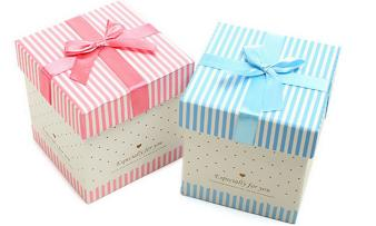 Attractive style gift box