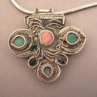 Colliers - Argent, corail et turquoises, Inde